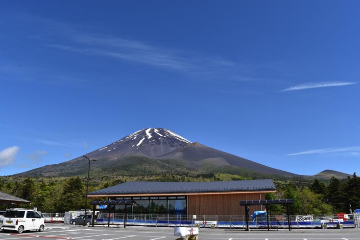 【森の駅 富士山】標高1,500mでローストビーフビュッフェをいただく