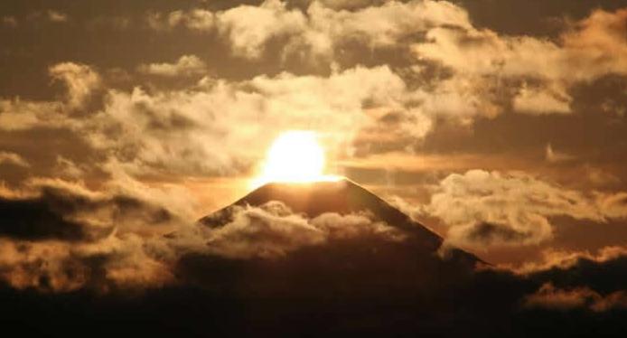 クリスマスに見る!ダイヤモンド富士 in高尾山