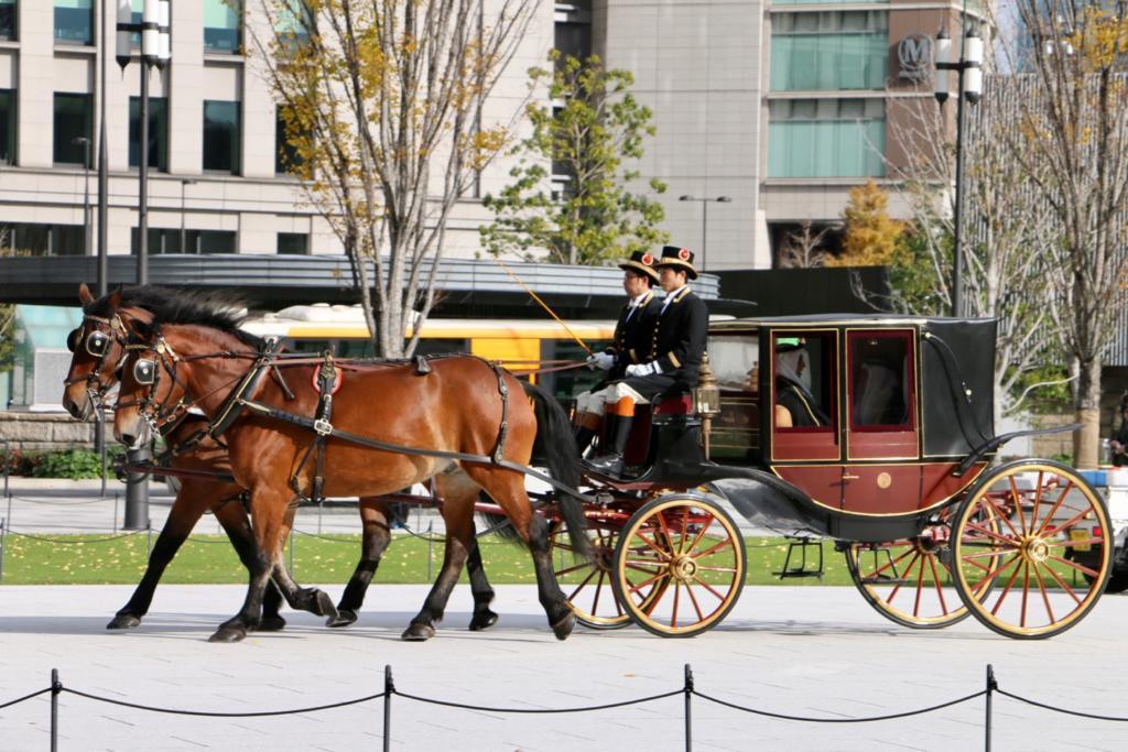 信任状捧呈式の儀装馬車