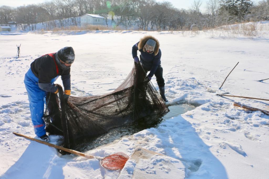 氷下待ち網漁(こおりしたまちあみりょう)