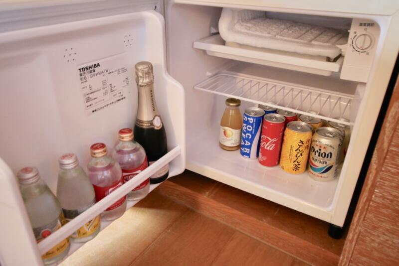 ザ・リッツ・カールトン沖縄 ベイデラックスルーム 冷蔵庫の中