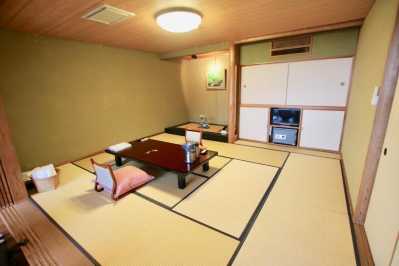 全室源泉かけ流し露天風呂付の宿「いさり火」103号室