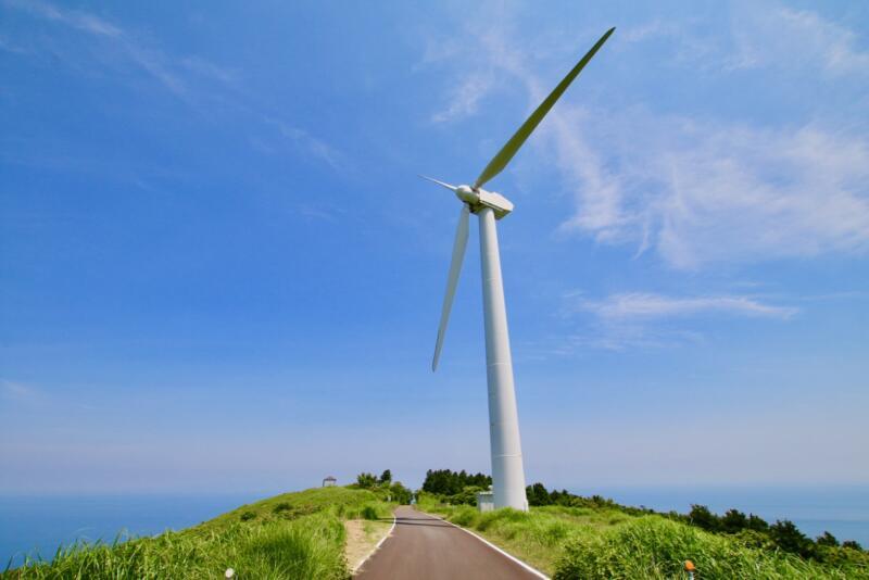 伊豆半島が見渡せる東伊豆町風力発電所