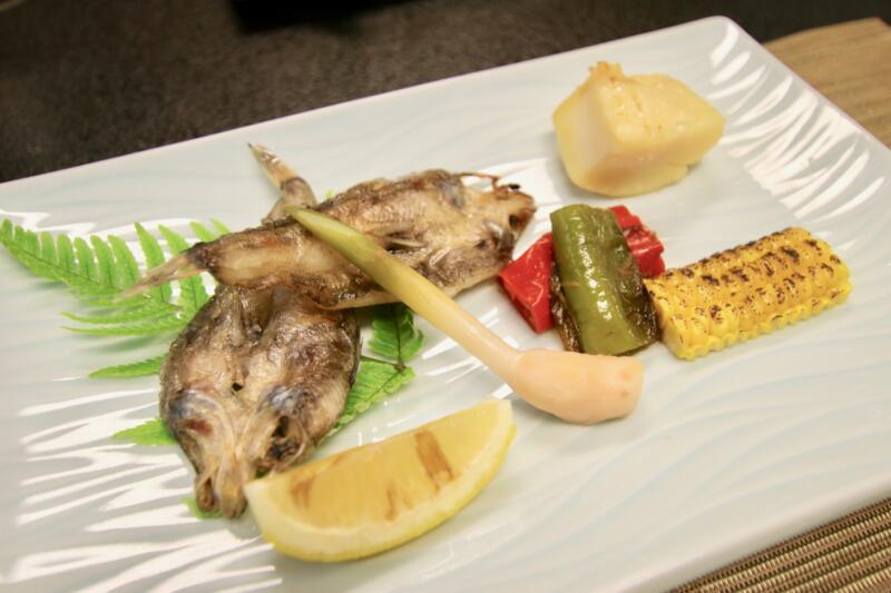 割烹旅館 天地閣のメヒカリの一夜干しの焼き魚