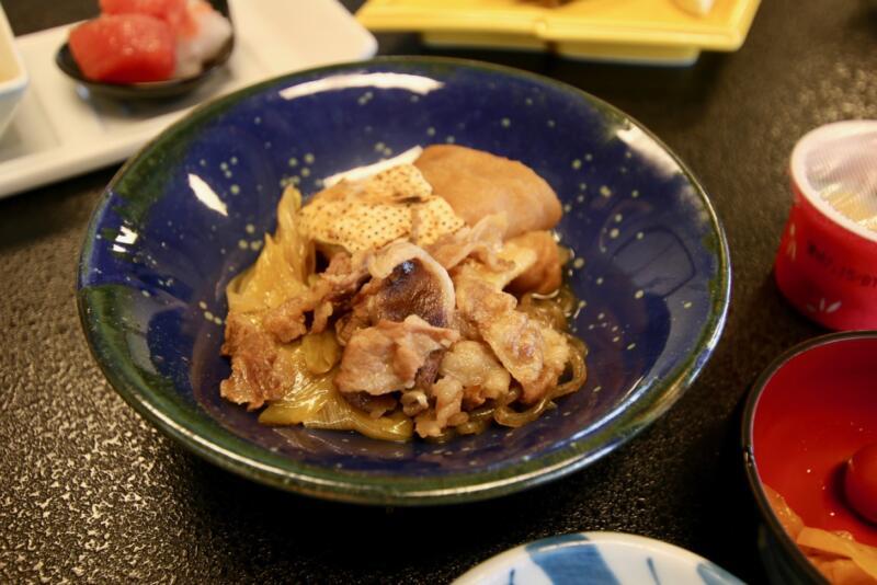 割烹旅館 天地閣の朝食(すき焼き)