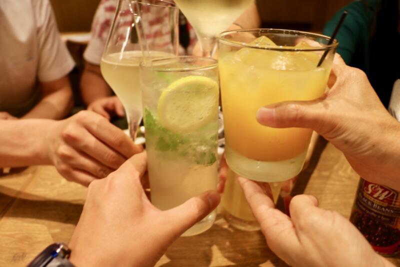 神田の肉バル「RUMP CAP」新宿西口店で乾杯!