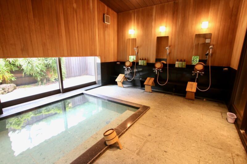 神白温泉 国元屋の貸し切り温泉 洗い場
