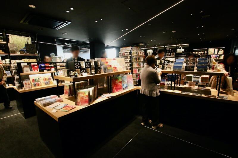 渋谷スクランブルスクエアの展望台・スーベニアショップ