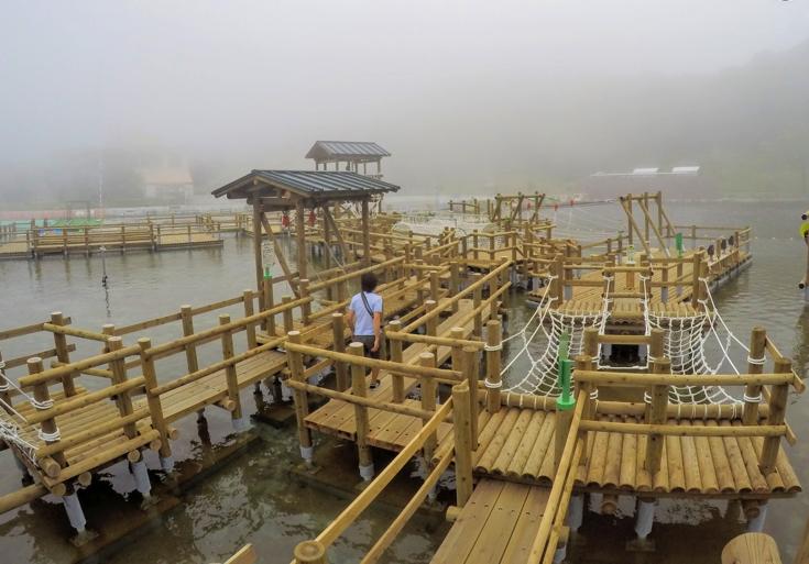 富士山の遊園地「ぐりんぱ」で水上アスレチック「カッパ大作戦」に挑戦してみた