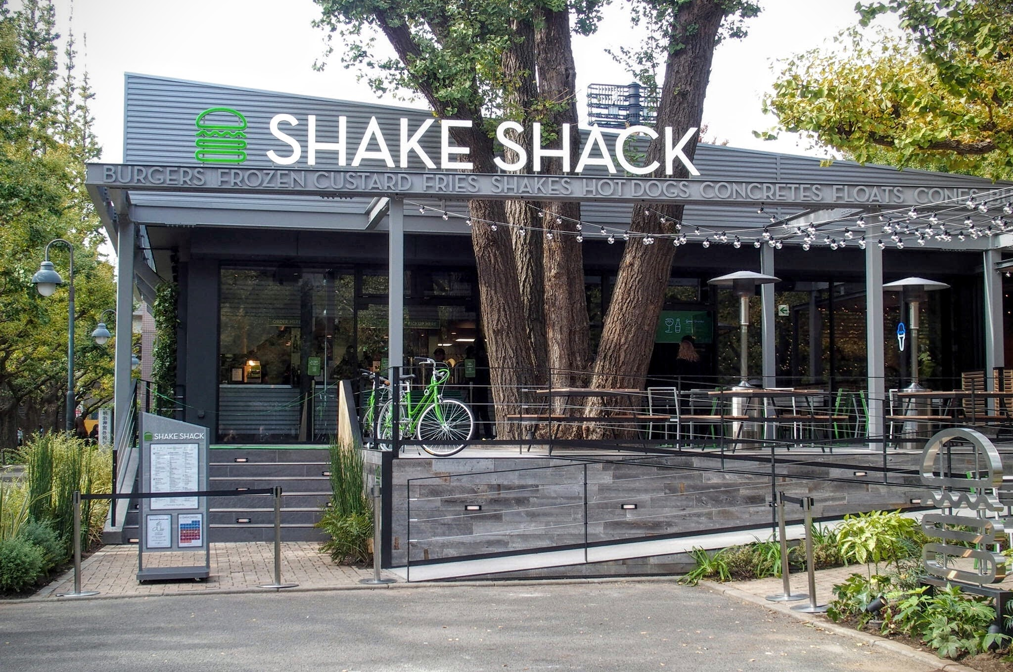 """Sheikh Shack"" is open in the shrine outside the shrine! Gourmet hamburger from NY lands in Japan for the first time"