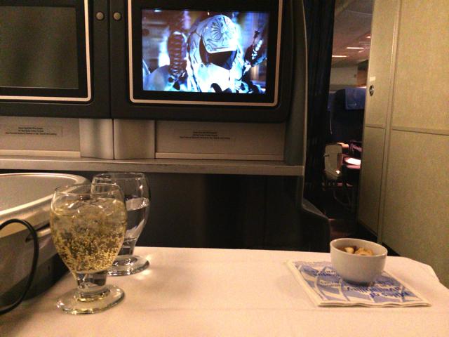 ユナイテッド航空ビジネスクラスの映画やゲーム