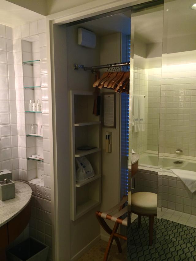 ハレクラニのバスルーム