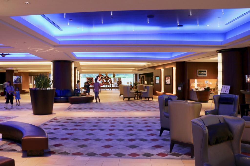 シェラトン・グランデ・トーキョーベイ・ホテルのロビー