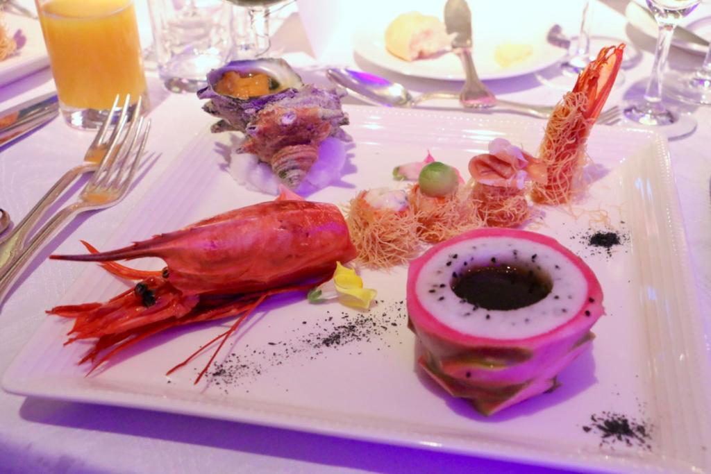 スペイン産カラビネーロ 甘黒酢ドラゴンフルーツ釜ディップ(ラグジュアリーホテルコレクション)