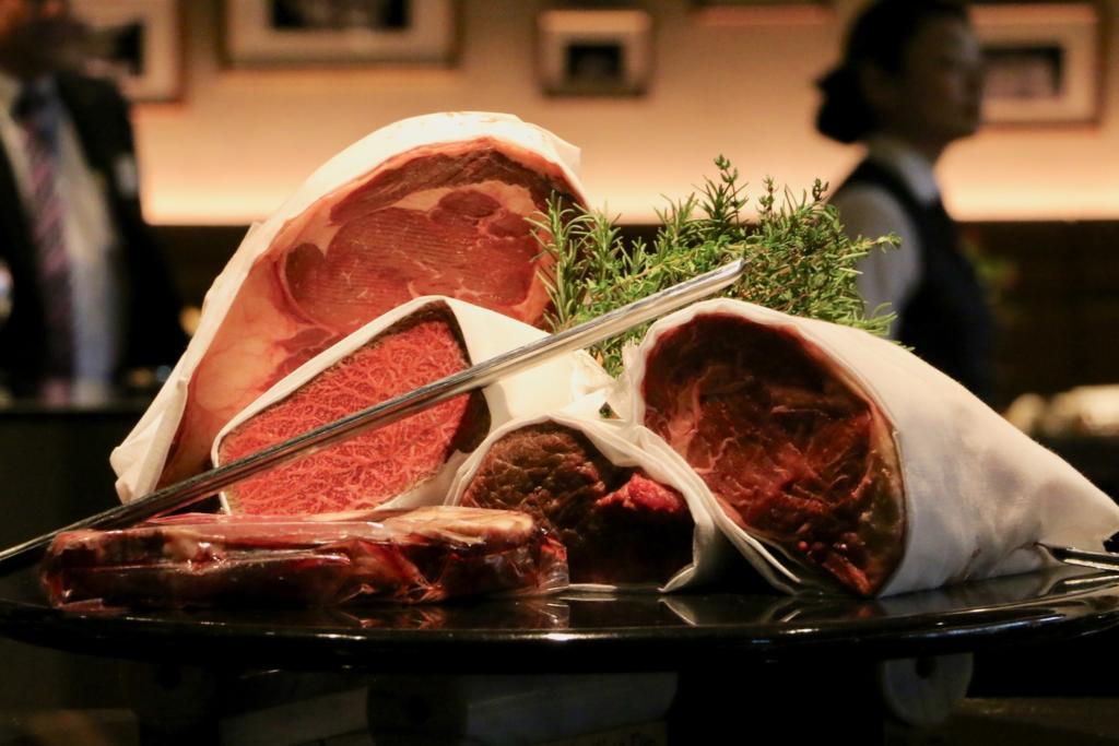 宮崎県産ブランド牛「齋藤牛」最上級A5ランクの和牛ステーキやアンガス牛