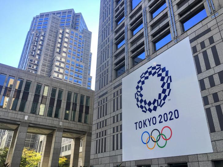 オリンピック・パラリンピック フラッグ展示