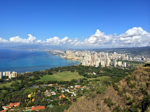 【ハワイ・ホノルル旅行記】超絶景!初心者でも登れるダイヤモンドヘッド登山さんぽへ行ってきた