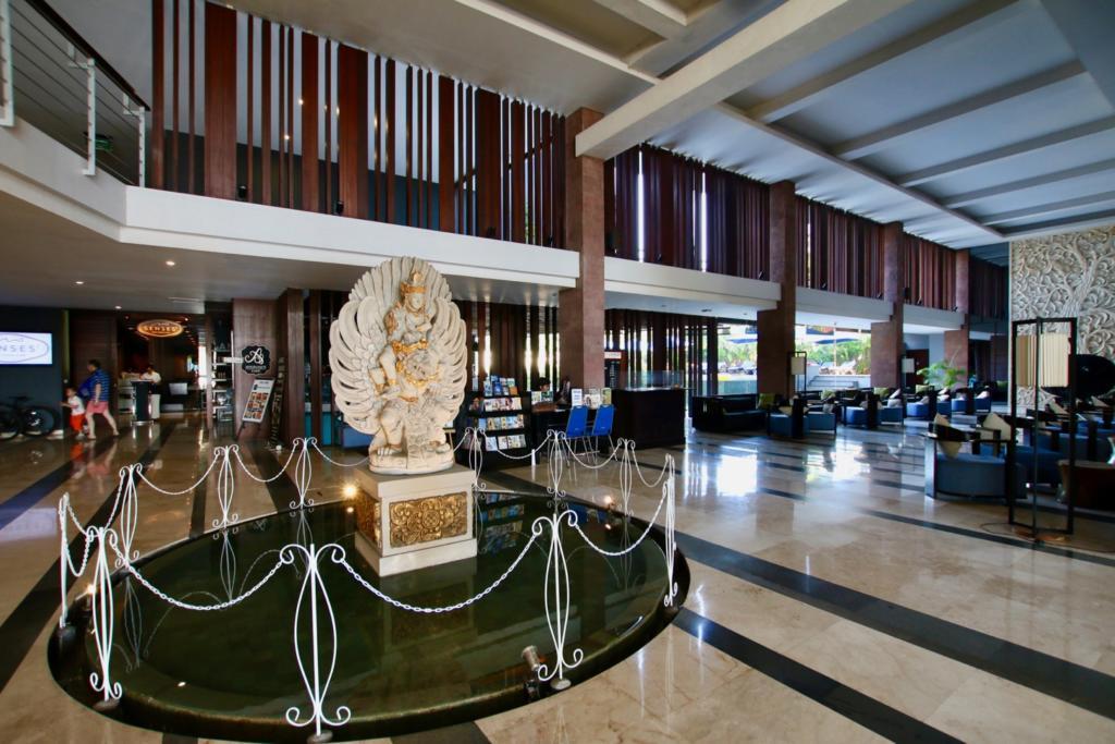 ウォーターマーク ホテル&スパ バリ ジンバラン ロビー