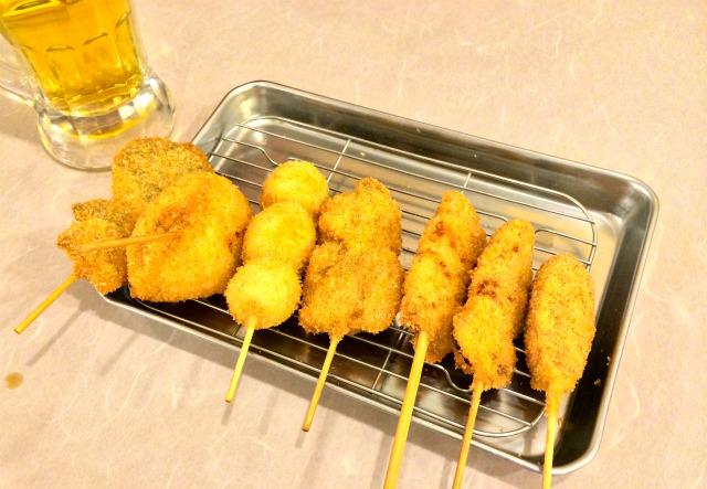 【吉祥寺】午後2時から開いている「串カツ田中」で大阪風情を味わいながら串カツを食べてきた