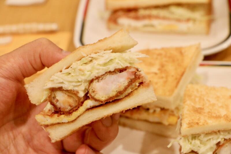 【名古屋モーニング】コンパル栄東店でエビフライサンドのモーニングセット!名古屋に来たら毎回食べたい朝食をレポ