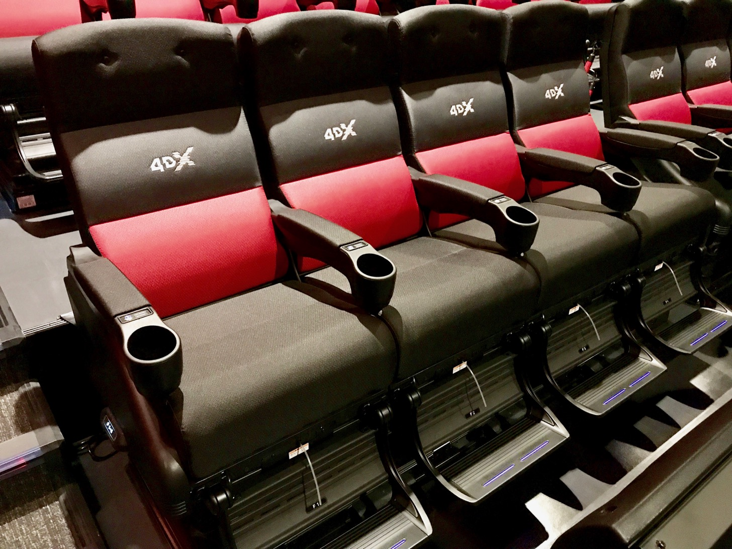 【Aeon Cinema Ciatus Chofu】 The largest cinecon in the Tama area is open! ULTIRA, 4DX, Grand theater is great