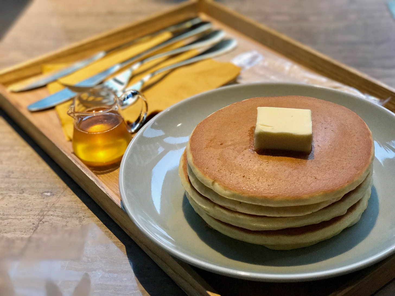 【トリエ京王調布C館1F】猿田彦珈琲 調布焙煎ホールで寿太郎のホットケーキをいただきます