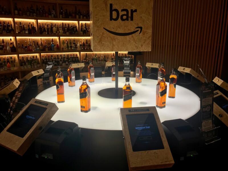 【Amazon Bar】銀座で期間限定のバーを潜入レポート!映画『ブレードランナー2049』とのコラボウイスキーを試飲してきたよ