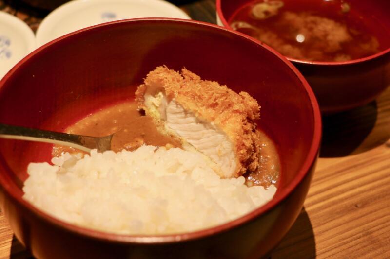 【日本橋人形町】「かつ好」でとんかつフルコースを味わう→〆はすっぽんカツカレーがウマい