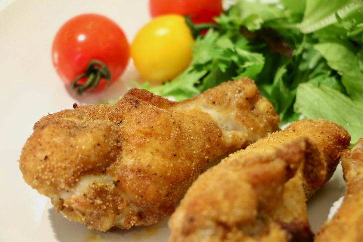 ノンオイルで作る健康フライヤー「カラーラ」で専用レシピを見ながらパーティ料理を作ってみた