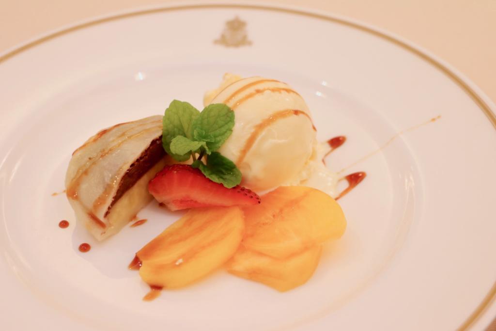 いきなり団子と大秋柿とアイスクリーム