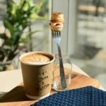 泉岳寺駅前にテイクアウト専門店「FOREST STAND SENGAKUJI」がオープン!ひと口スイーツ付きカフェが楽しめる