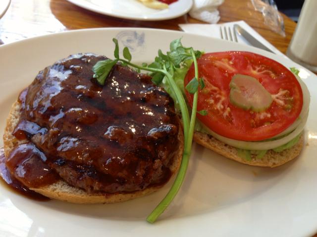 【広尾】ホームワークス アメリカンな雰囲気で食べる無添加テリヤキバーガー