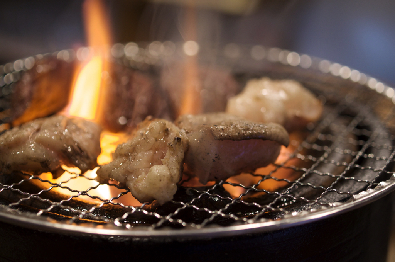 【練馬区上石神井】「酒とホルモンとお肉 ぜっと」は肉山の遺伝子を引き継ぐ居心地のいいお店