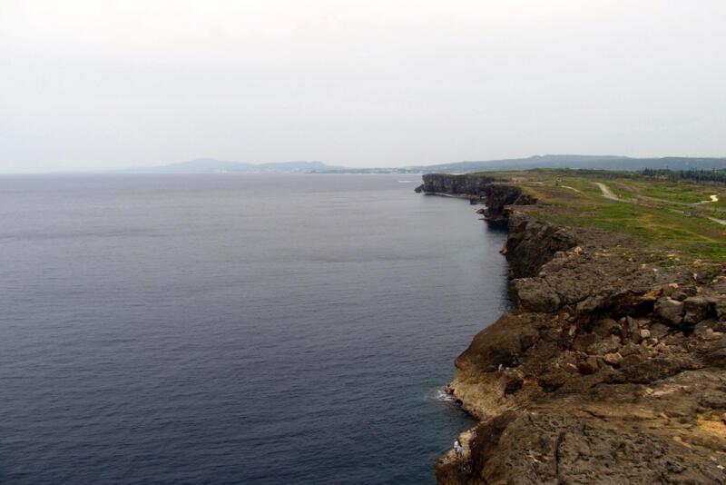 【沖縄県読谷村】360度の大パノラマ!残波岬灯台に昇ってきた!
