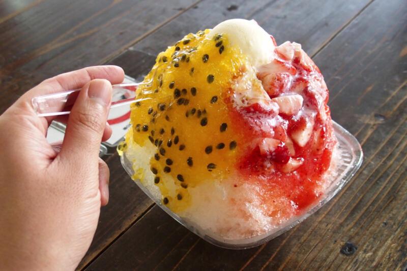 【沖縄県恩納村】ロブスターのうにソース焼きにデカ盛り沖縄かき氷!「おんなの駅」は沖縄フードパラダイス