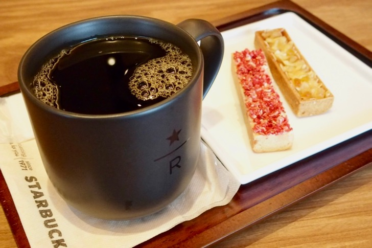 【GINZASIX】蔦屋書店銀座店STARBUCKS RESERVE BAR