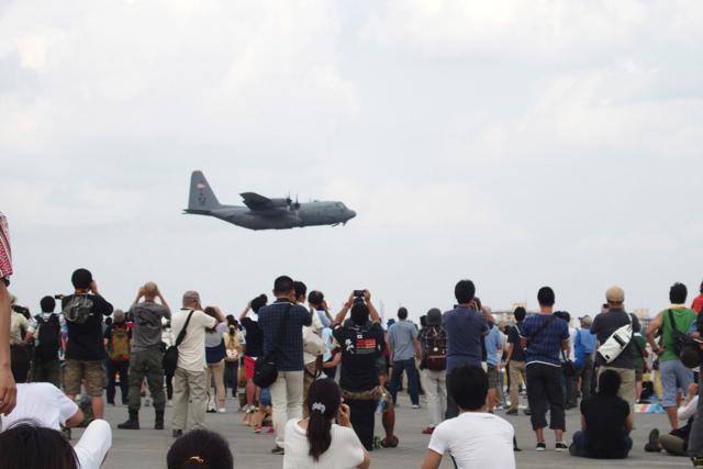 P9061228Yokota air base friend festival