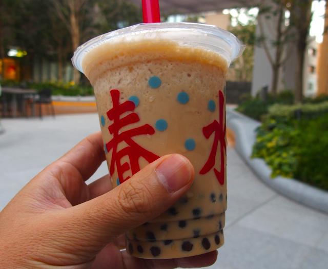 【飯田橋サクラテラス】春水堂(チュンスイタン)でもっちもちタピオカアイスミルクティー