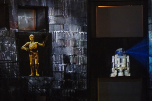 PB140747starwars projectionmapping