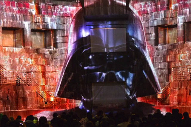 PB140763starwars projectionmapping