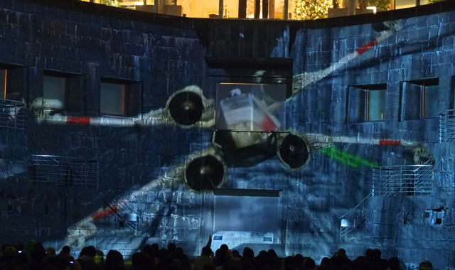 PB140774starwars projectionmapping