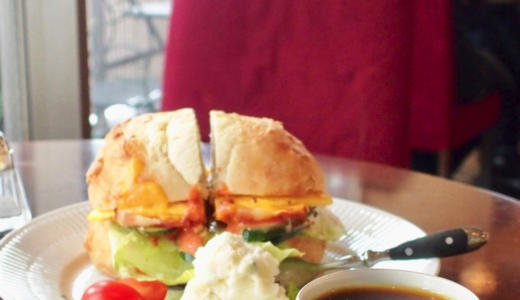【中目黒ランチ】カフェ ファソンでオムレツ入りダブルサンドウィッチセットを食べながらスペシャリティコーヒーを楽しむ