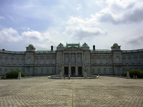 この秋、迎賓館赤坂離宮の前庭が公開決定