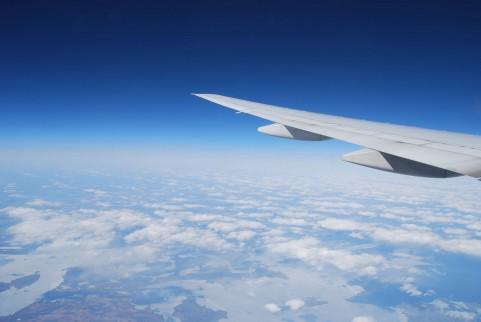 飛行機で高低差ありすぎて耳キーンならないための耳栓「イヤープレーン」