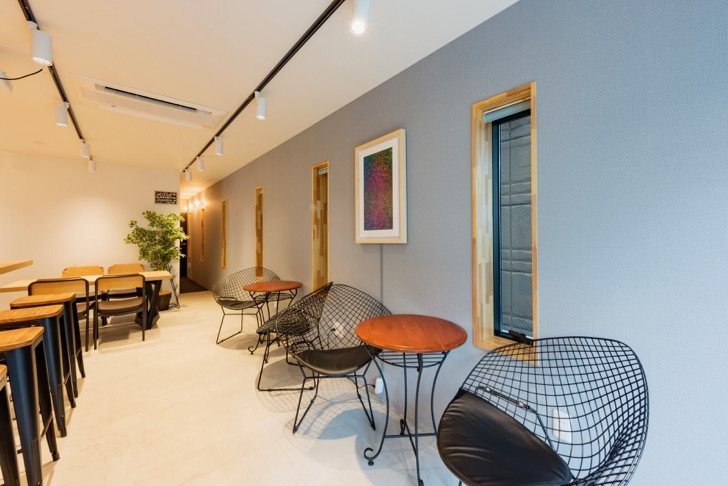&AND HOSTELlounge2