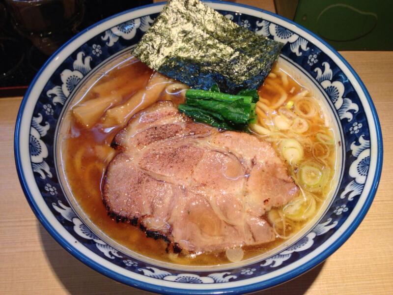 【茅場町】「雷鳥」(サンダーバード)で新東京STYLEラーメンを食す