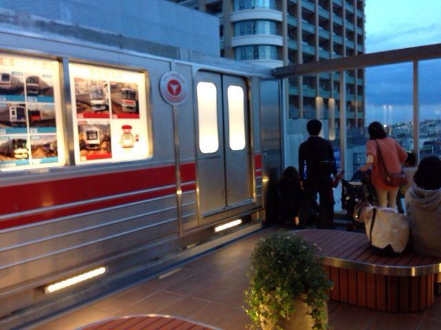 まさに電車のショールーム!東急武蔵小杉スクエア展望デッキから見られる9つの路線